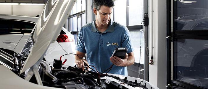 Opinie Dixi-Car – Aktualizacja oprogramowania zegarów w Corsa E