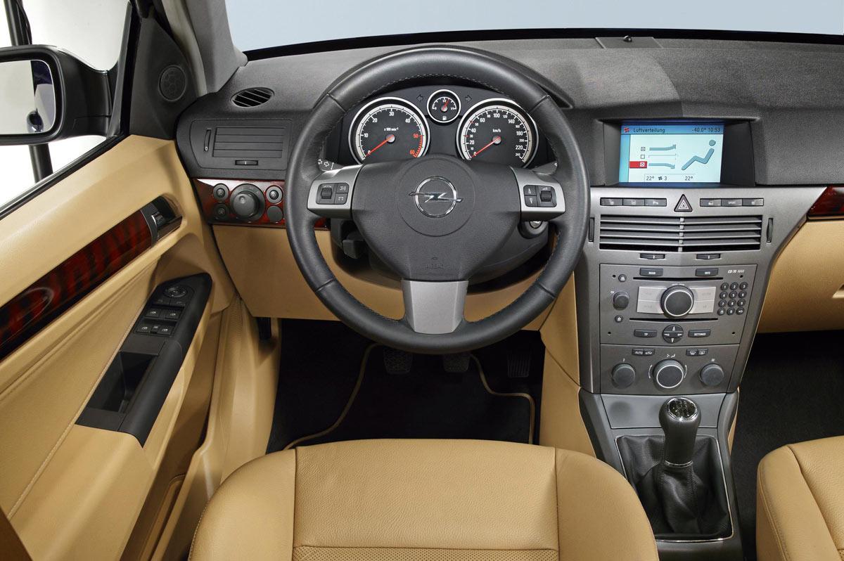 Astra H Przed I Po Liftingu Porównanie Opel Dixi Car