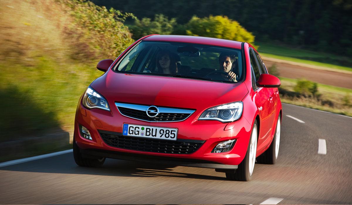 Najnowsze Astra IV Przed i Po Liftingu - Porównanie - OPEL Dixi-Car DI16