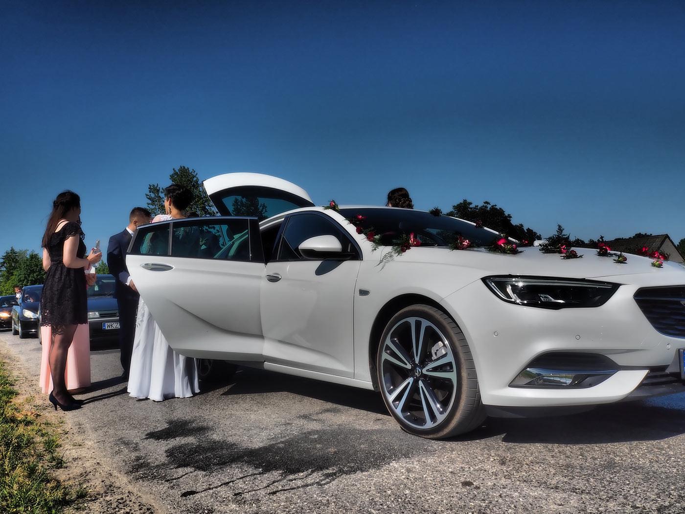 Masywnie Limuzyna na wesele: Opel Insignia - OPEL Dixi-Car KY48