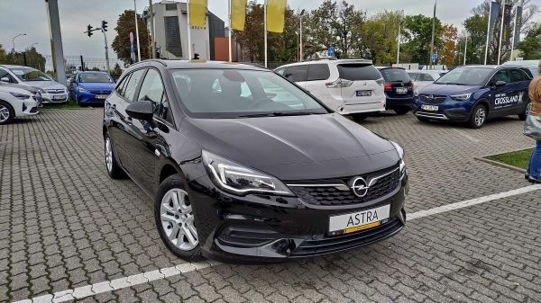 Astra V Sports Tourer Edition F1.5DVH MT6 122KM Start&Stop
