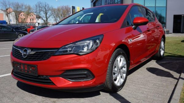 Astra V 5DR Edition 1.2 Turbo 110KM Start&Stop