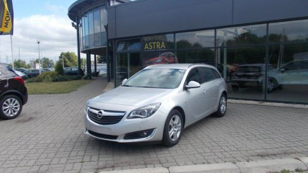 INSIGNIA ST EDITION 1.6 136KM MT6 Start&Stop