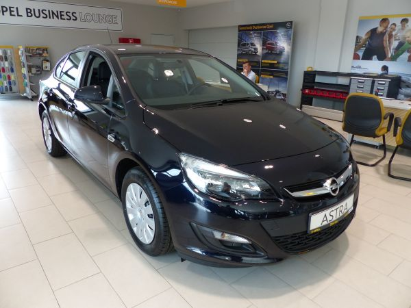 ASTRA SEDAN ENJOY  1.6 115KM