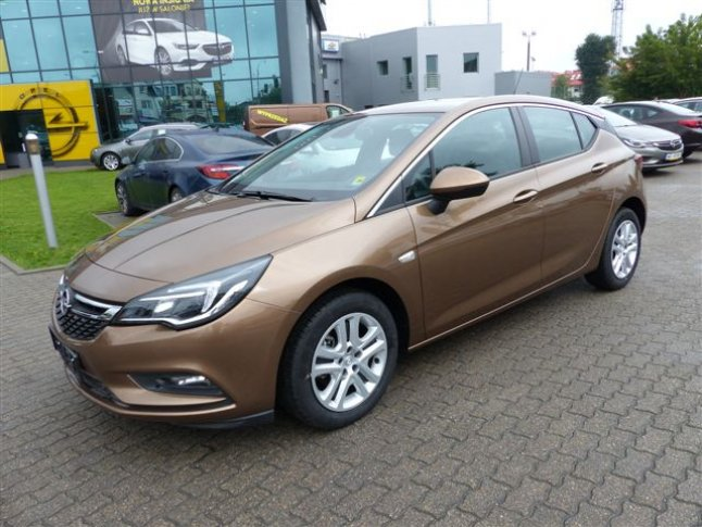 ASTRA V ENJOY 1.4 125KM MT5