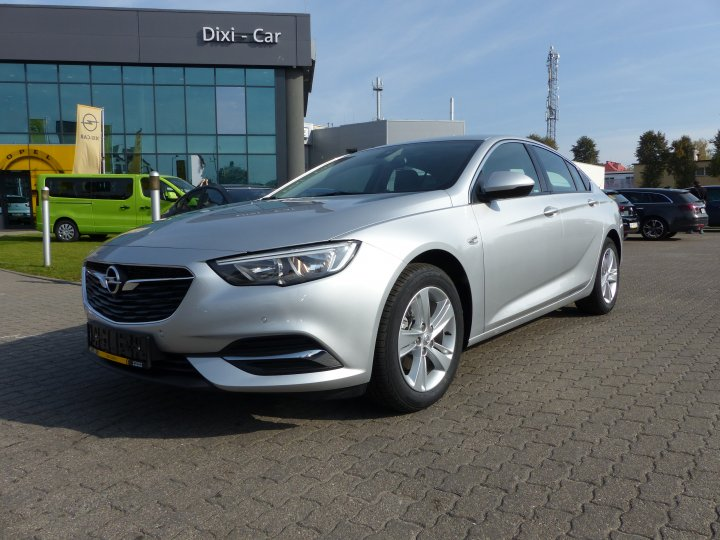 Insignia GS Innovation 136KM MT6 Start/Stop