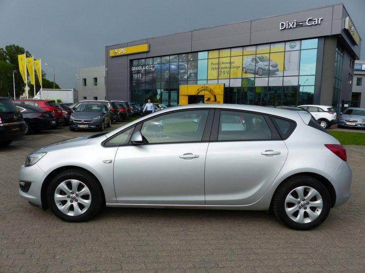Opel Astra IV 1,4 Turbo 140KM, LPG fabryczne, salon PL, Vat23%