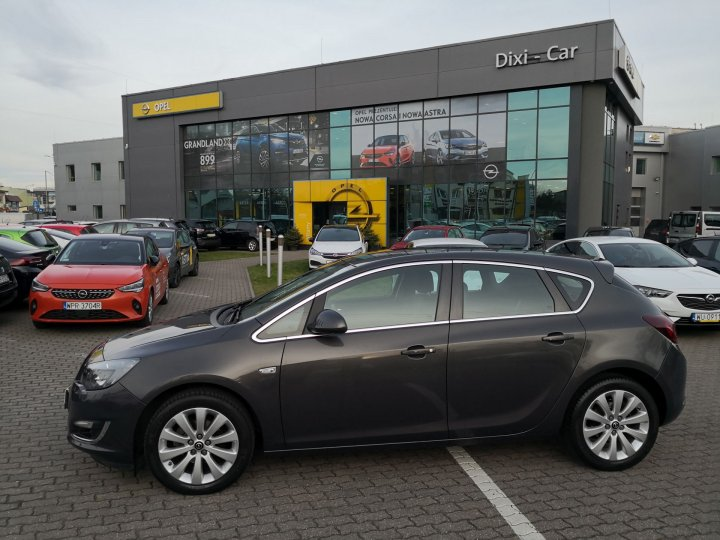 Opel Astra IV 1,4 Turbo 140KM Energy, Salon PL