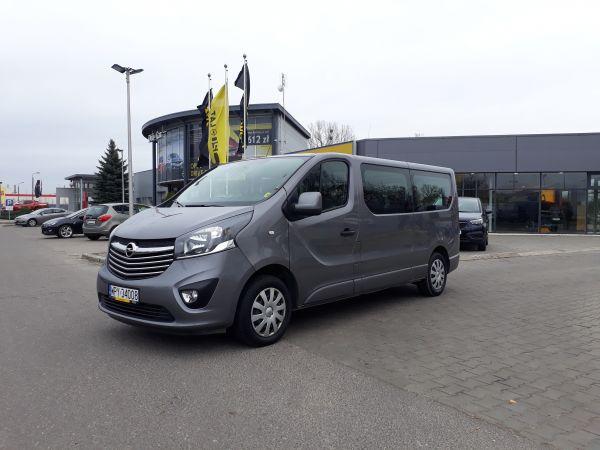 Opel Vivaro Kombi 9 osobowe L2H1