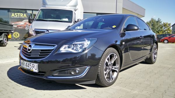 Opel Insignia Executive 2.0DTH AT6