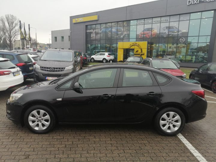 Opel Astra IV 4dr 1,6 benzyna 115KM, Vat23%
