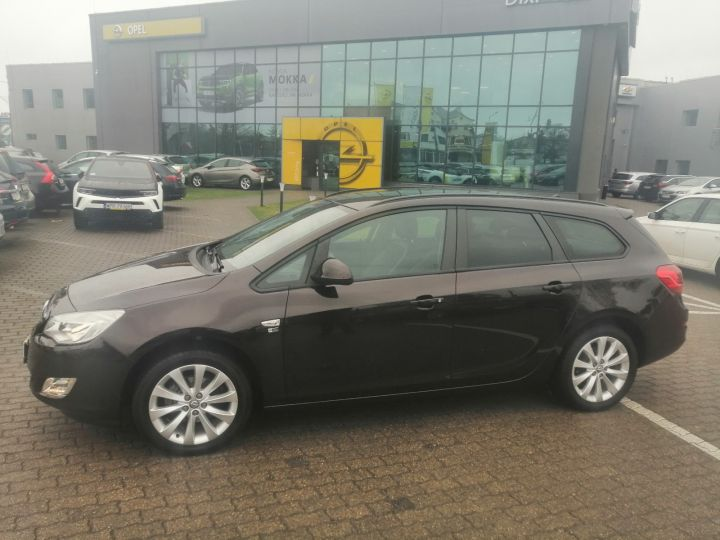 Opel Astra IV Sports Tourer, 1,4 Turbo 140KM, 150 Edycja