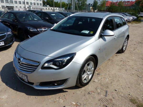 Opel Insignia Kombi Edition 2.0 163kM