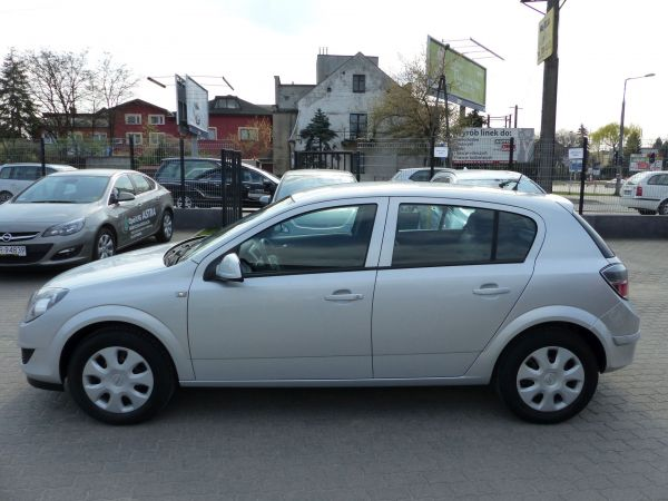 Opel Astra III 1,4 16V, Automat, 2009r