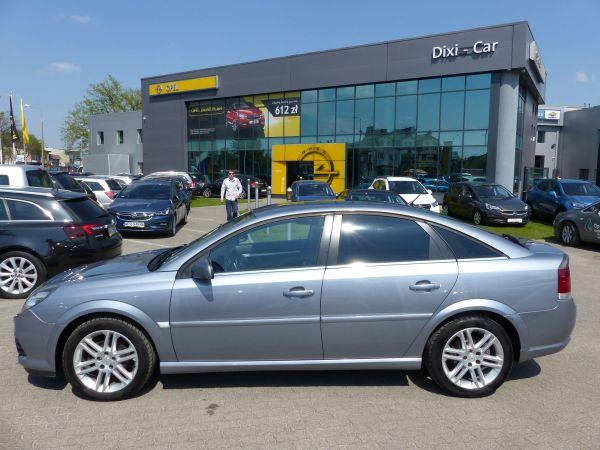 Vectra C Przed I Po Liftingu Porównanie Opel Dixi Car