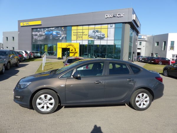 Opel Astra IV 1,6 16V 115KM Active Sedan Salon Polska Vat23%