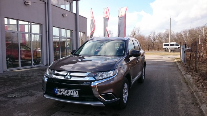 Mitsubishi Outlander Invite Plus 2.0 150KM 5MT 2WD MY17