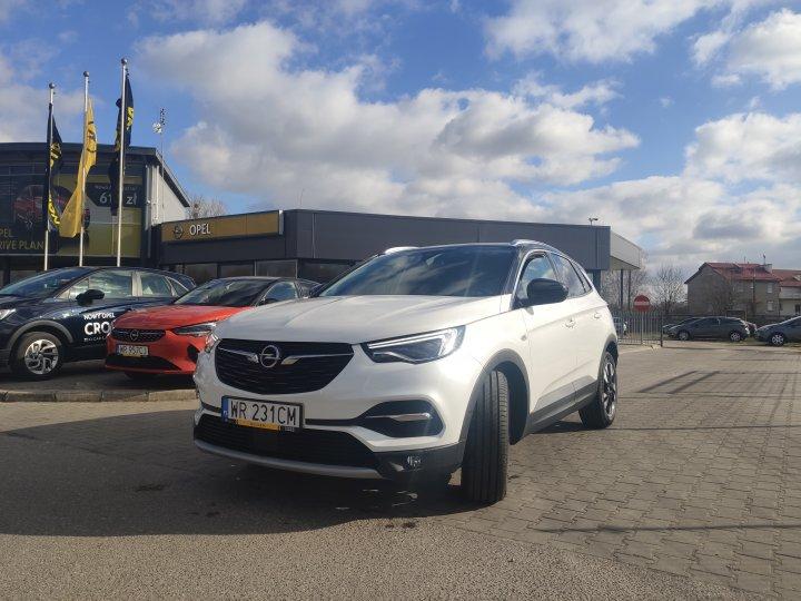 Opel Grandland X 1.6T 180KM AT8