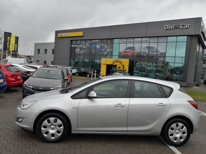 Opel Astra IV 1,6 benzyna 115KM, Salon Polska, 1 właściciel