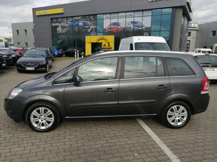 Opel Zafira B 1.8 140KM Xenon Full Opcja Serwis ASO Gwarancja