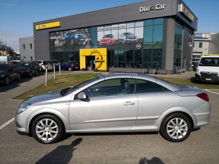 Opel Astra III TwinTop Coupe/Cabrio, 1,8 140KM Cosmo