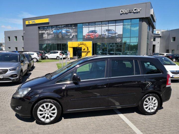 Opel Zafira B 1,8 16V 140KM, 7 osób, Bardzo niski przebieg