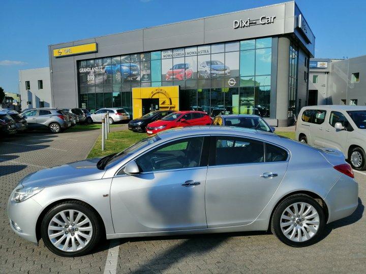 Opel Insignia Cosmo 1,8 16V 140 KM 5dr Salon
