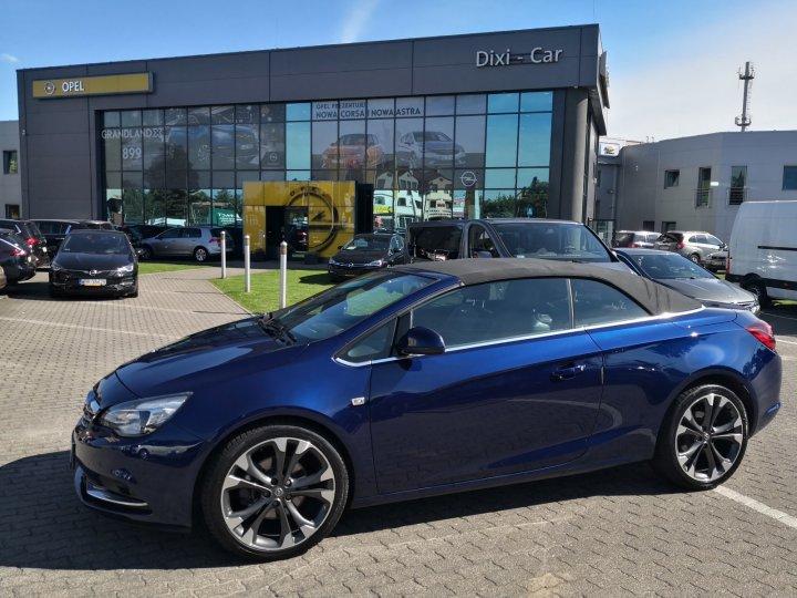 Opel Cascada 2,0 BiTurbo 195KM, Skóra, Pakiet zimowy