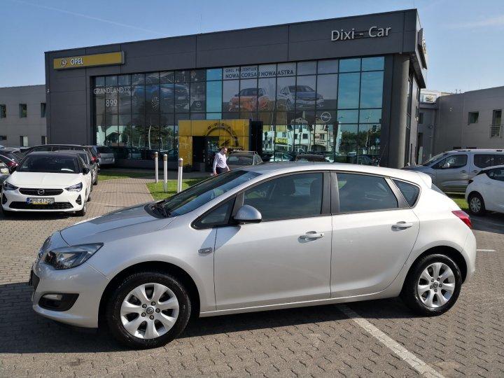 Opel Astra IV 1,6 CDTI 110KM, Salon Polska