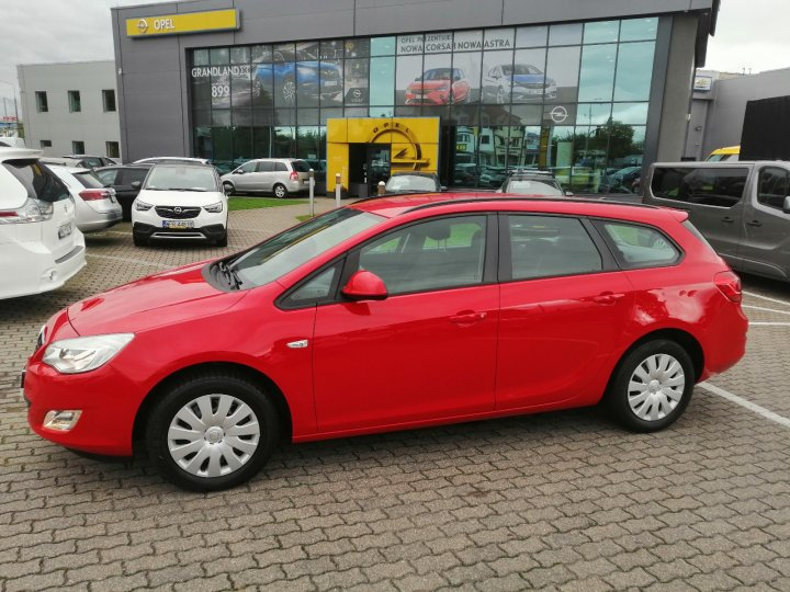 Opel Astra IV 1,4 Turbo 140KM, Sports Tourer