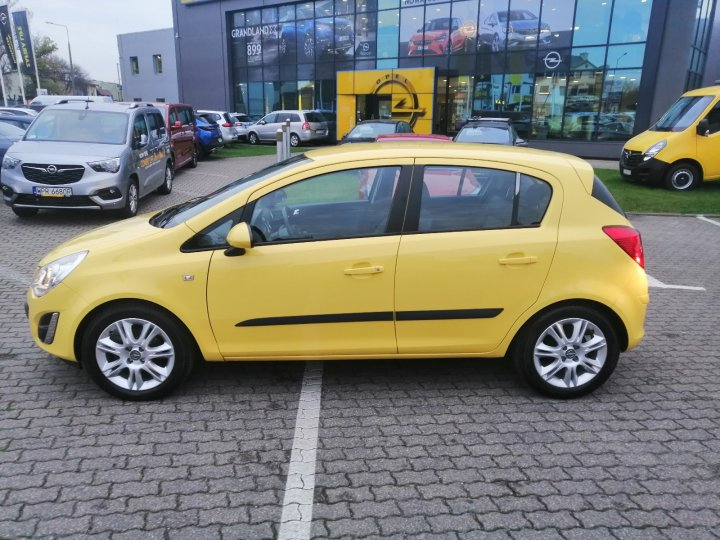 Opel Corsa D 1,4 benzyna 100KM, Cosmo