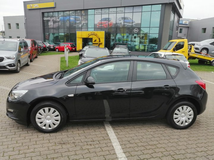 Opel Astra IV 1,6 benzyna 115KM, Active, Bluetooth