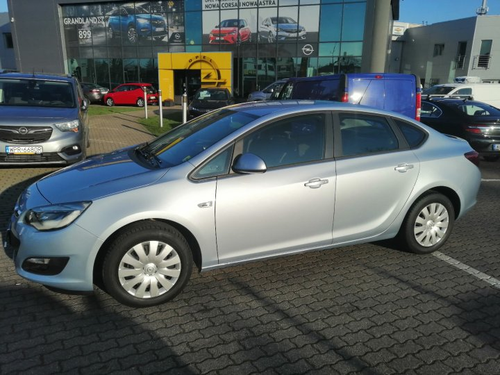 Opel Astra IV 1.6 rej.2016 Salon Polska Serwis ASO Gwarancja