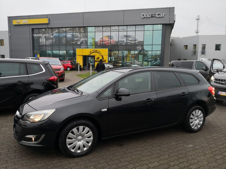 Opel Astra IV Sports Tourer 1,4 Turbo 120KM