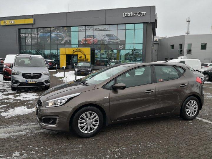 Kia Ceed 1,4 benzyna 100KM, Salon Polska