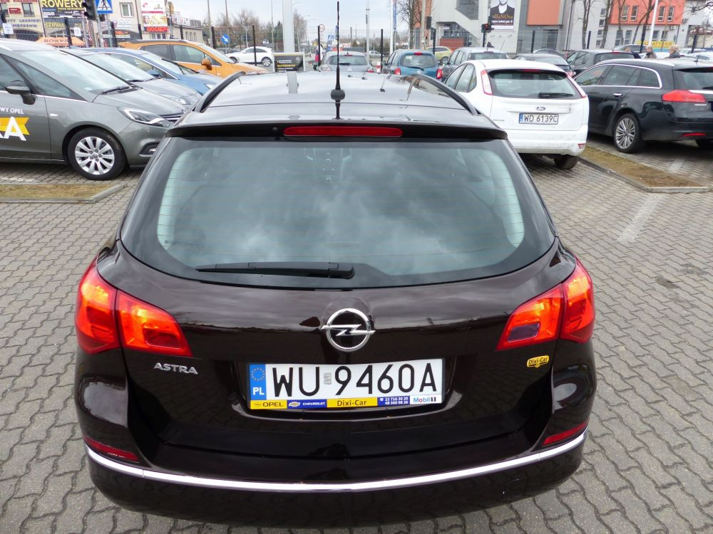 opel astra iv 1 4 turbo 120 km salon polska vat23 u ywane neo car. Black Bedroom Furniture Sets. Home Design Ideas