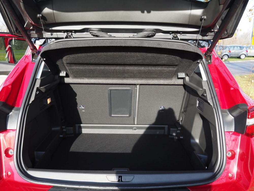 grandland x elite 1 6 cdti 120km automat samochody. Black Bedroom Furniture Sets. Home Design Ideas