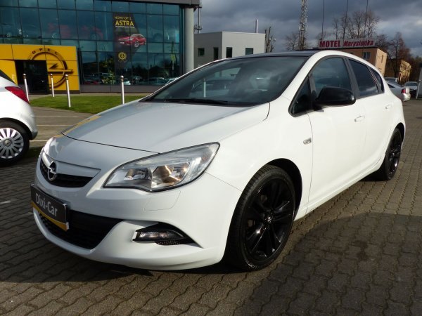 Opel Astra IV 1,4 Turbo, OPC Line, Color Edition
