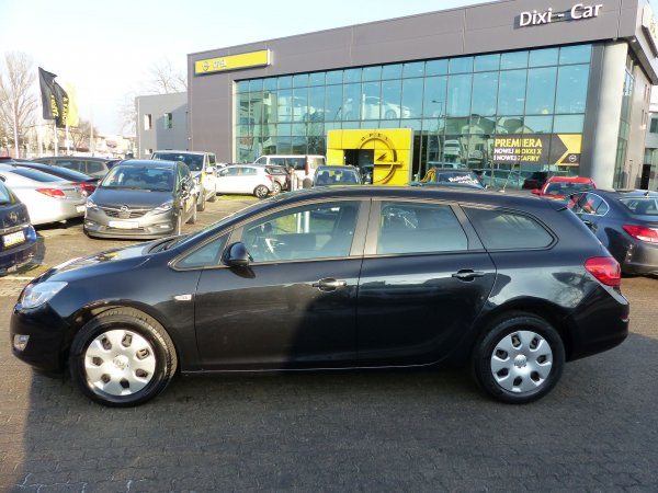 OPEL ASTRA IV SPORTS TOURER 1,7 CDTI
