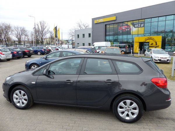 OPEL ASTRA IV SPORTS TOURER 1,4 T