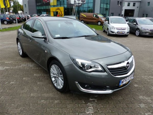 INSIGNIA COSMO 2.0 DIESEL 170KM AT6