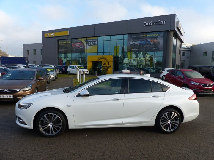 Insignia GS 5dr Elite B2.0NFT 260KM AT8 S/S
