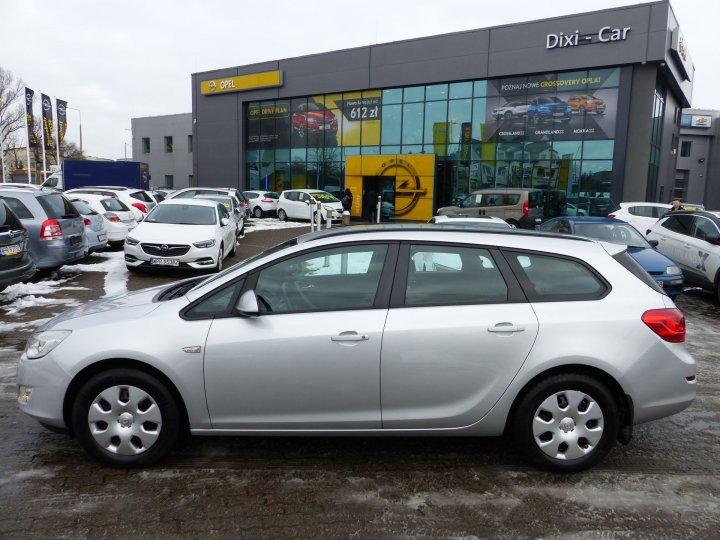 Opel Astra IV Sports Tourer 1,7 CDTI 110KM Navi