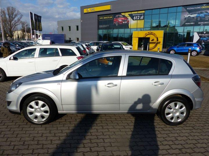 Opel Astra III 1,6 115KM, Salon Polska