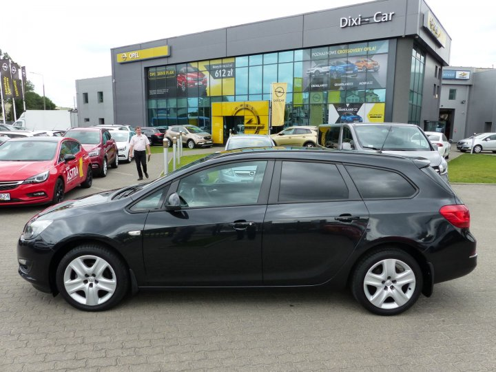 Opel Astra IV 1,4 Turbo 140KM, Sports Tourer, Salon PL