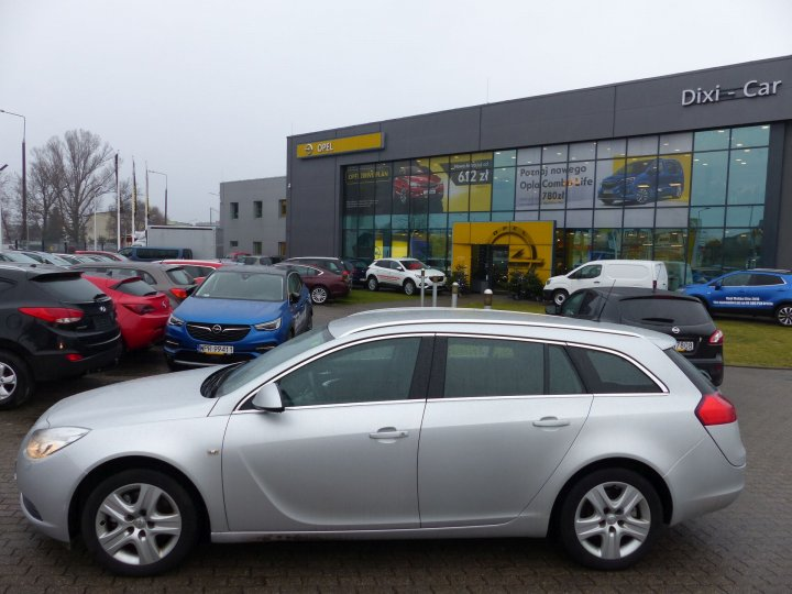Opel Insignia Sports Tourer 1,6 Turbo 180KM