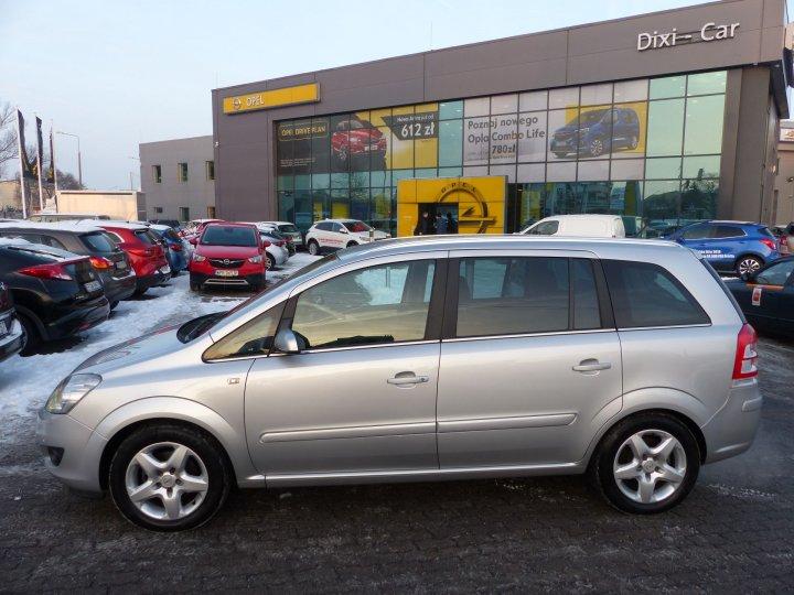 Opel Zafira B Cosmo 1,8 16V 140KM, Xenon, Navi, Podgrzewane fotele