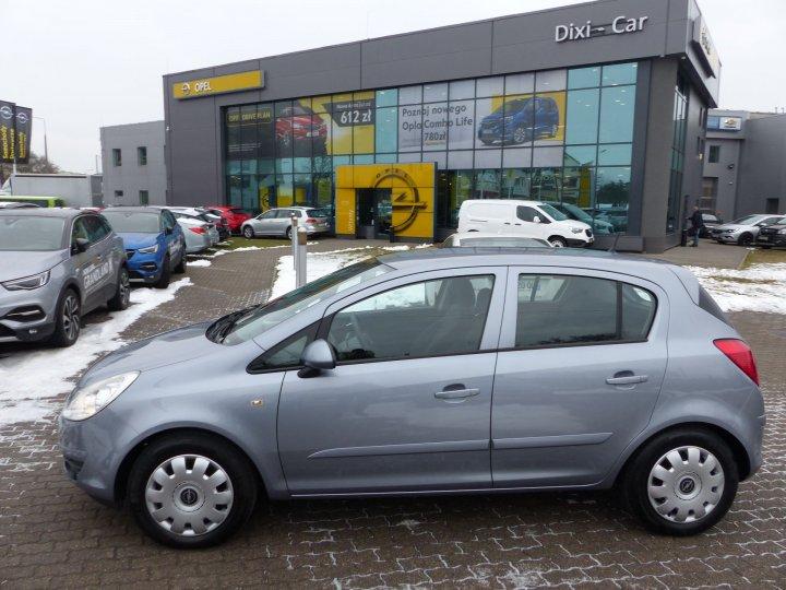 Opel Corsa D 1,4 benzyna 90KM, bagażnik rowerowy, tempomat