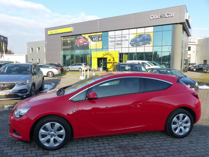 Opel Astra IV GTC 1,4 Turbo 140KM, Cosmo