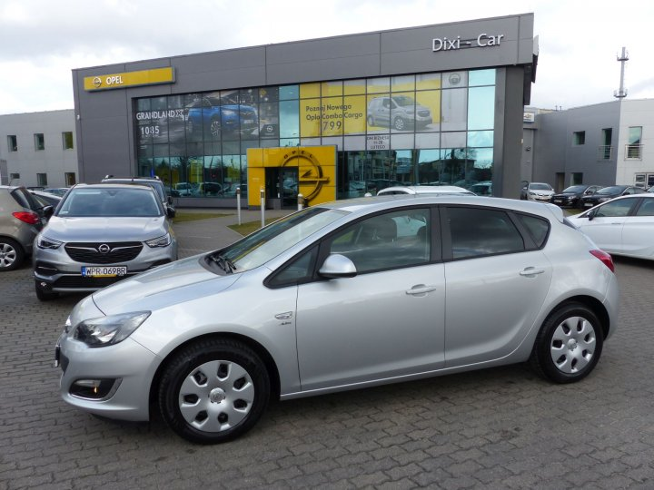 Opel Astra IV 1,4 Turbo 140KM, Active, 5dr, niski przebieg